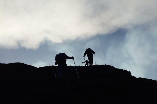 etna-escursione-cratere