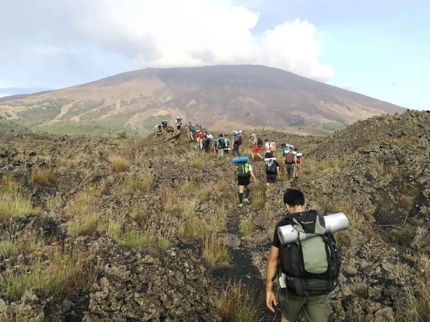 escursione-vulcano-etna-campo